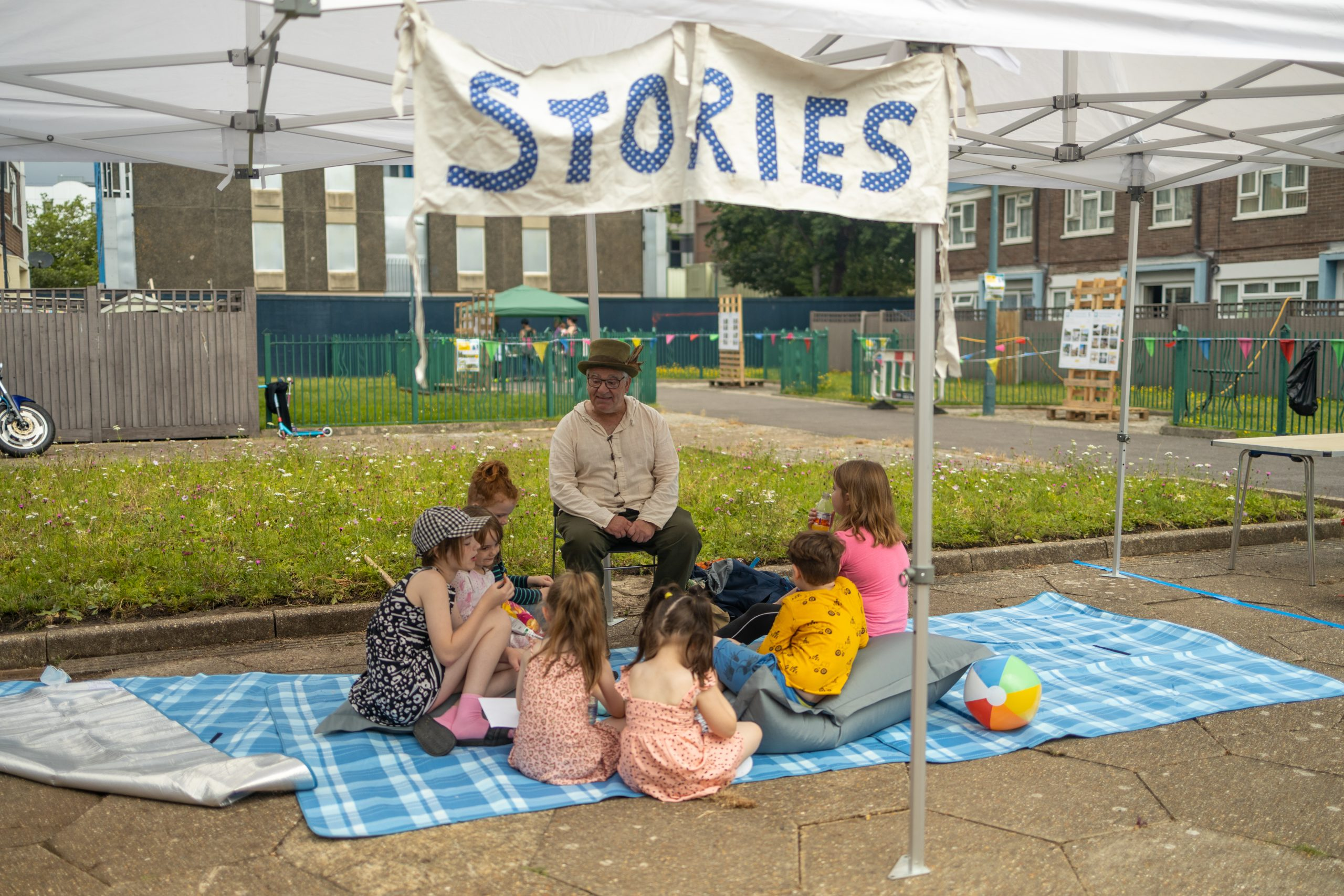 Storyteller at the Play & Plants event